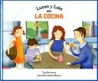 Lucas y Lola en la cocina