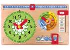 Reloj calendario de madera pequeño